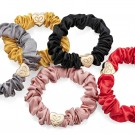 Sort silke scrunchie thumbnail