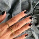 Ellie 14K gullbelagt Chevron ring sort thumbnail